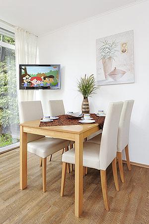 ferienh user nordseebrise in bensersiel. Black Bedroom Furniture Sets. Home Design Ideas